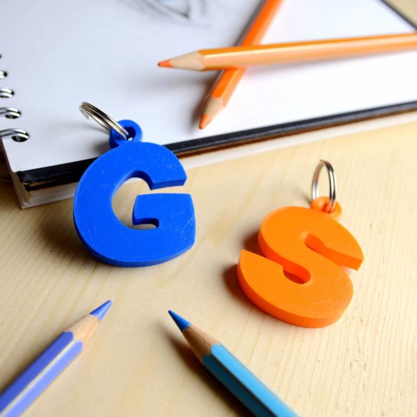 portachiavi lettera s stampa 3D